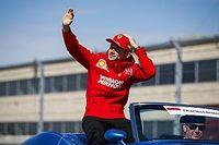 """""""A Ferrari azt tanítja, mindig egy versenyzőre kell koncentrálni!"""""""