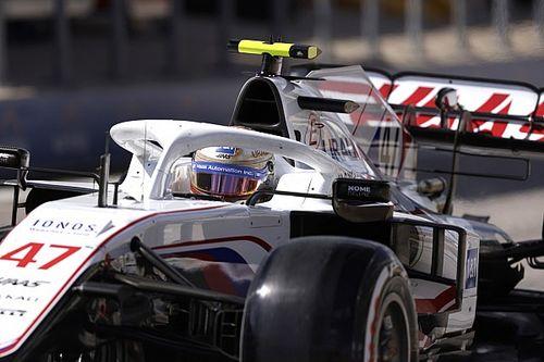 """Schumacher wist van naderende Verstappen: """"Kan me niet laten verdwijnen"""""""