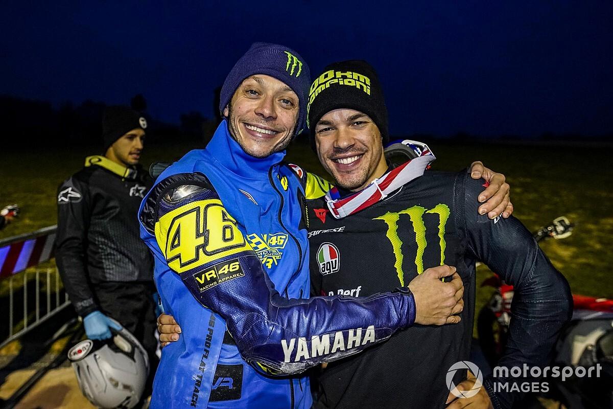 """Rossi: """"Morbidelli será un dolor de cabeza con la Yamaha"""""""