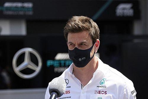 """Mercedes: """"No había igualdad de condiciones con la presión de neumáticos"""""""