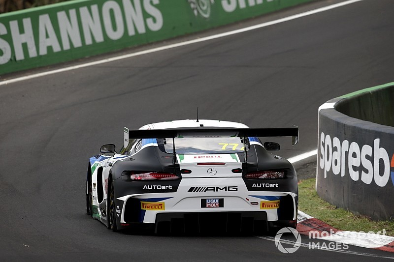Bathurst 12 Hour: #77 Mercedes on top in first stint
