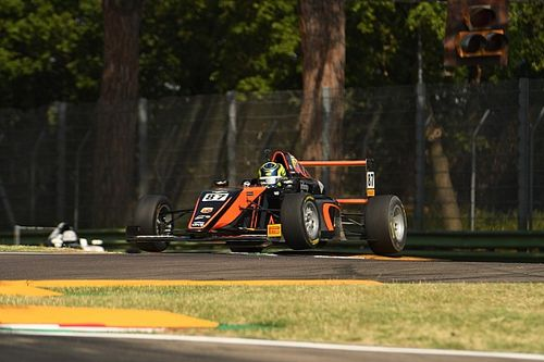 Formula 4, Imola, Gara 1: Bearman vince e vola in campionato