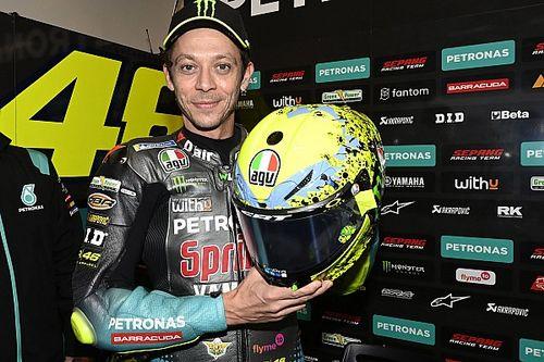 Rossi destapa su último casco especial en Misano
