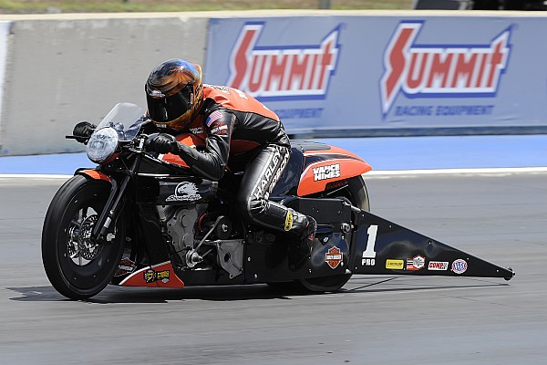 Torrence, Worsham, Butner and Krawiec race to qualifying leads at Sonoma Nationals