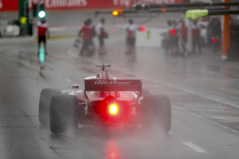 Два Sauber и Сироткин возглавили дождевую тренировку Гран При Германии