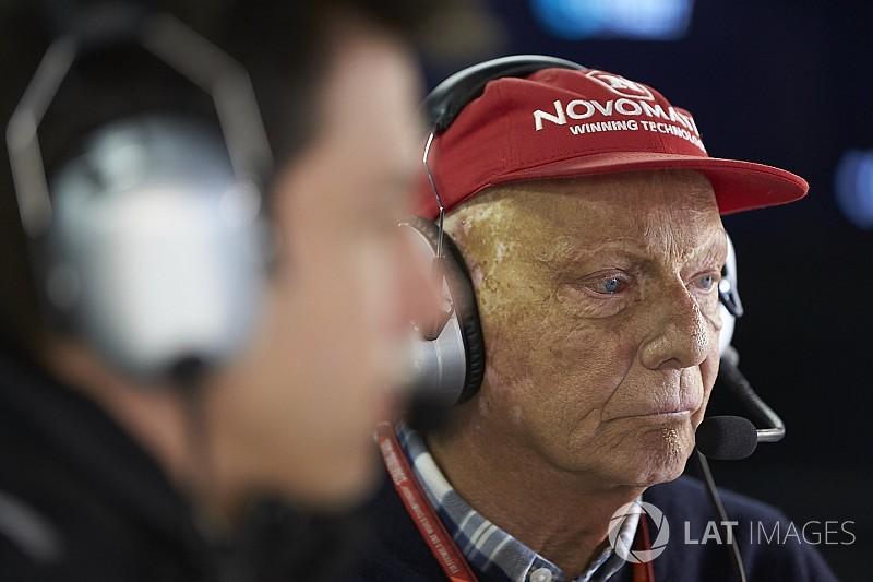 Lauda: la compra de su exaerolínea no afectará su trabajo en F1