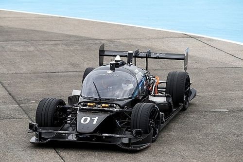 Roborace tests top speed of autonomous race car