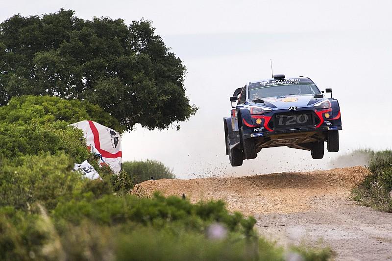 WRC İtalya: Heyecan verici savaşı Neuville kazandı, Ogier ikinci oldu!