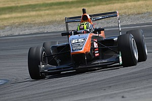 Other open wheel Race report Hampton Downs TRS: Ahmed claims maiden win in Verschoor battle