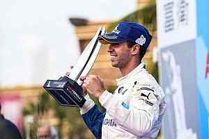 VÍDEO: Felix da Costa celebra liderança da Fórmula E em Sanya