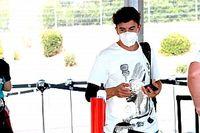 Marquez, kolundaki 12 çiviyle yarışmaya çalışmış