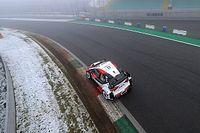 Ogier arranca arriba en un Monza nevado