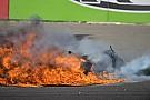 Drámai bukás a Superbike-ban: lángolt a motor