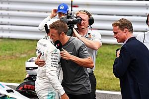 Button: idővel, de Hamilton befoghatja Schumachert