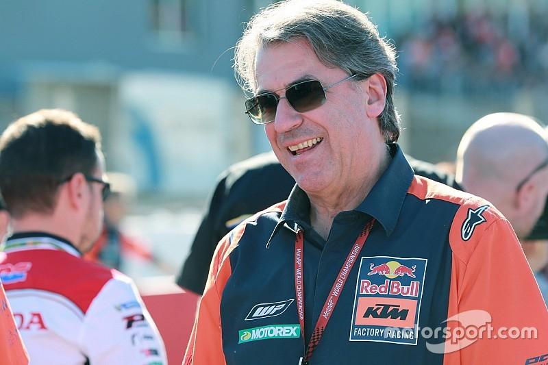 KTM-Chef Stefan Pierer verneigt sich: