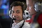 Mercedes coloca a McLaren entre los cuatro de adelante para 2018