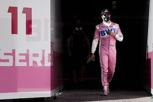 Red Bull explains timing of Perez Abu Dhabi photo