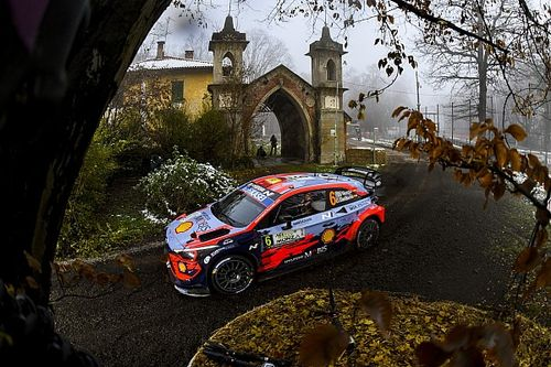 Monza WRC: Sordo leads for Hyundai, disaster for Neuville
