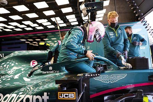 Vettel Masih Butuh Waktu Adaptasi dengan Aston Martin