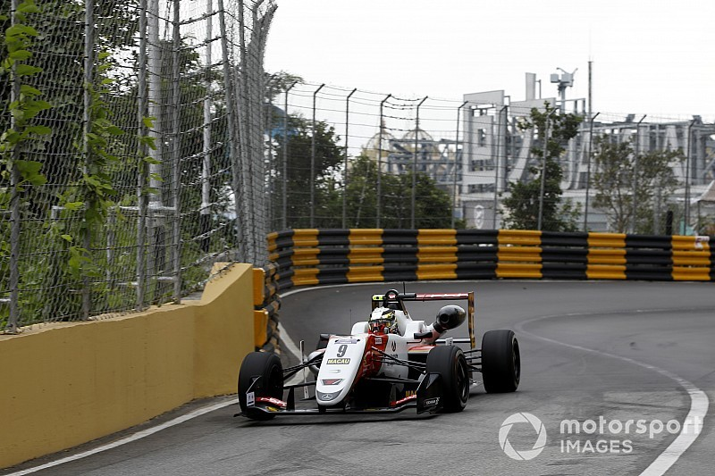 Macau GP: Mick Schumacher snelste in eerste training