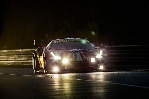 Le Mans: továbbra is a Toyota vezet, nagy bukás is volt éjszaka (videóval)