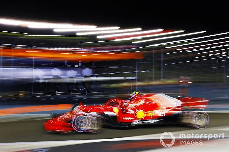 Räikkönen a gumikezelésre panaszkodott a szingapúri időmérő után