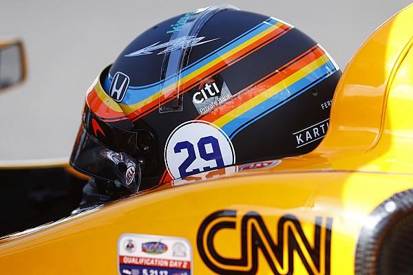 Alonso volverá a llevar en Austin el diseño de casco que utilizó en IndyCar