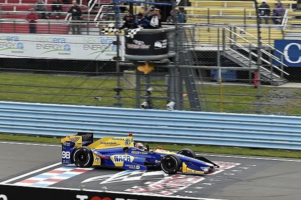 A Watkins Glen succede di tutto: vince Rossi e Newgarden riapre il campionato