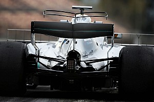 Formula 1 Breaking news Mercedes F1 team tests double T-wing at Barcelona