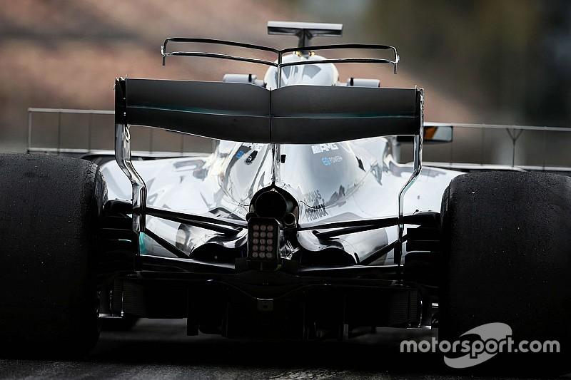 Mercedes начала тестировать двойное T-образное крыло