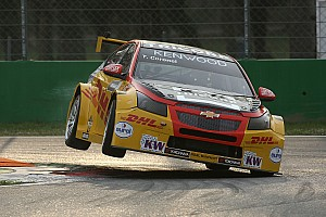 WTCC Feature Video: Tom Coronel erklärt seinen TC1-Tourenwagen der WTCC 2017