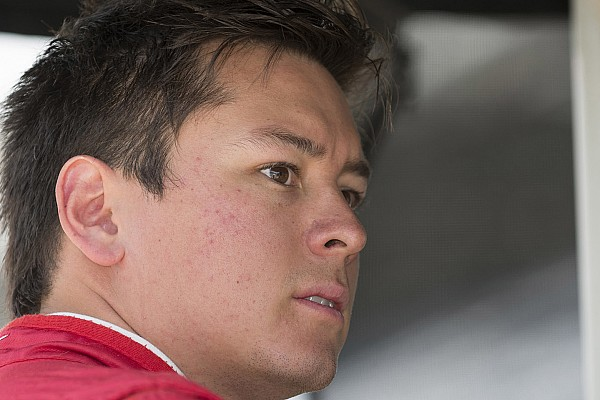 Сааведра займет место Алешина в двух ближайших гонках IndyCar