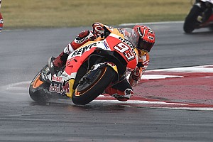 MotoGP Репортаж з практики Гран Прі Арагону: у першій дощовій практиці найкращий Маркес