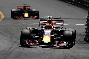 Versappen nagyon kiakadt a Red Bullra, de nem kivételeztek Ricciardóval