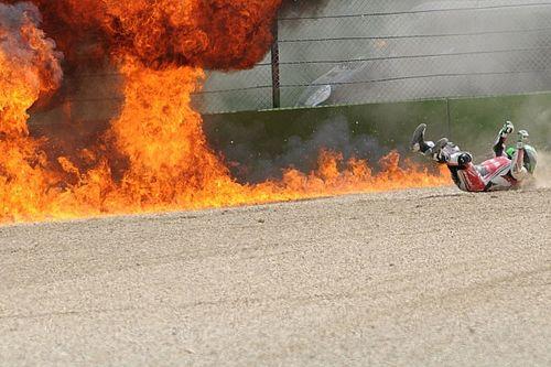 Galeria: Laverty escapa de explosão de moto após queda