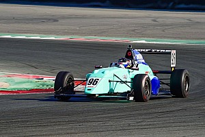 MRF Challenge: Шумахер-молодший покращує позиції, але програє лідеру
