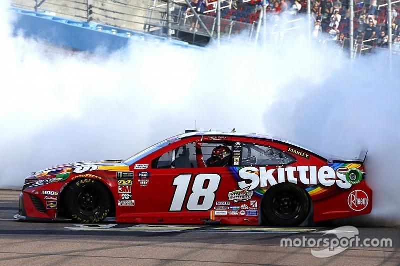 Kyle Busch tops Truex at Phoenix for NASCAR win No. 199