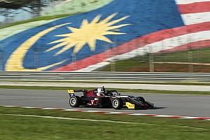 Sokat tanult az F3-as kocsiról Keszthelyi a második versenyhétvégén