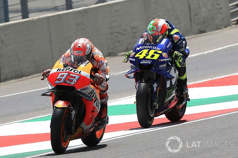 MOTO GP 2018 GRAND PRIX D'ITALIE - Page 2 Motogp-italian-gp-2018-marc-marquez-repsol-honda-team-valentino-rossi-yamaha-factory-racin-8520622