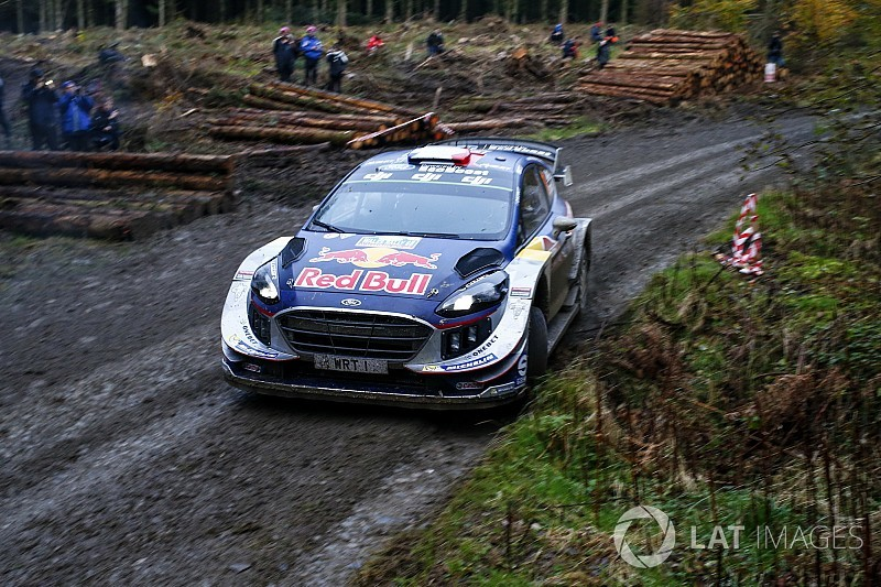 WRC Großbritannien: Sebastien Ogier gewinnt Auftaktprüfung