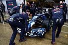 Red Bull RB14 piste indi!