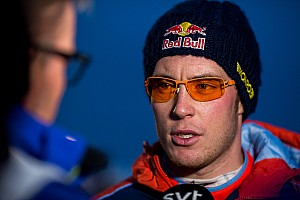 WRC News Unfall beim WRC-Test: Thierry Neuville landet im Flussbett
