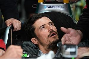 Formula E Noticias de última hora Vídeo: el actor Orlando Bloom sufre un accidente con un Fórmula E