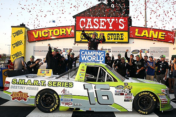 NASCAR Truck Race report Brett Moffitt endures last-lap dive-bomb by Gragson to win at Iowa