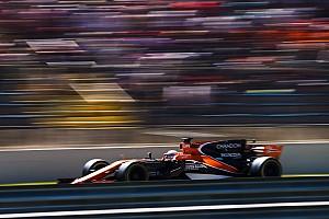 McLaren prepara dois carros para teste em Abu Dhabi