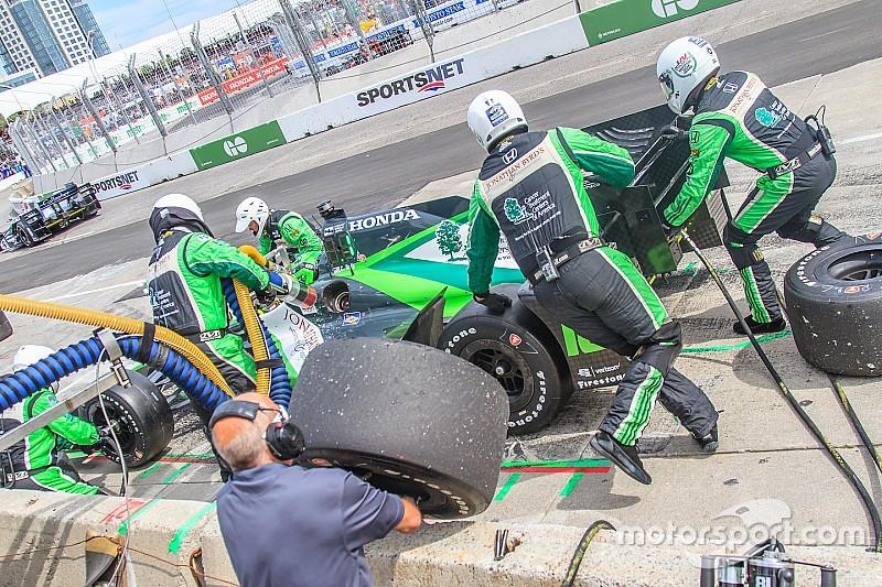 Бути частиною піт-команди в IndyCar
