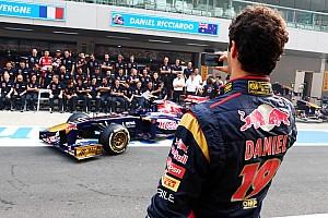 Хорнер рассказал о сомнениях Red Bull перед переводом Риккардо из Toro Rosso