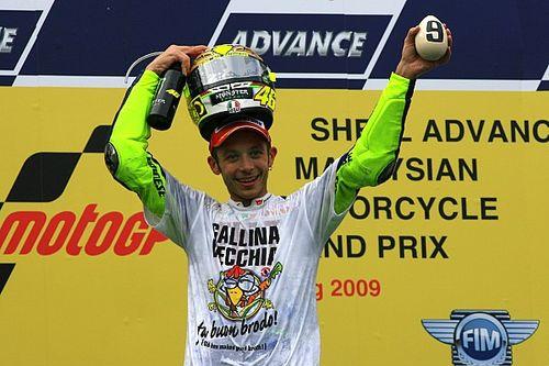 Valentino Rossi campione: 10 anni fa l'ultimo Mondiale