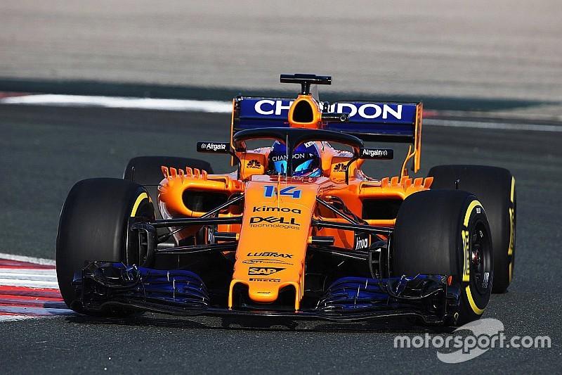 Фотофакт: машина Ф1 McLaren-Renault дебютувала на трасі