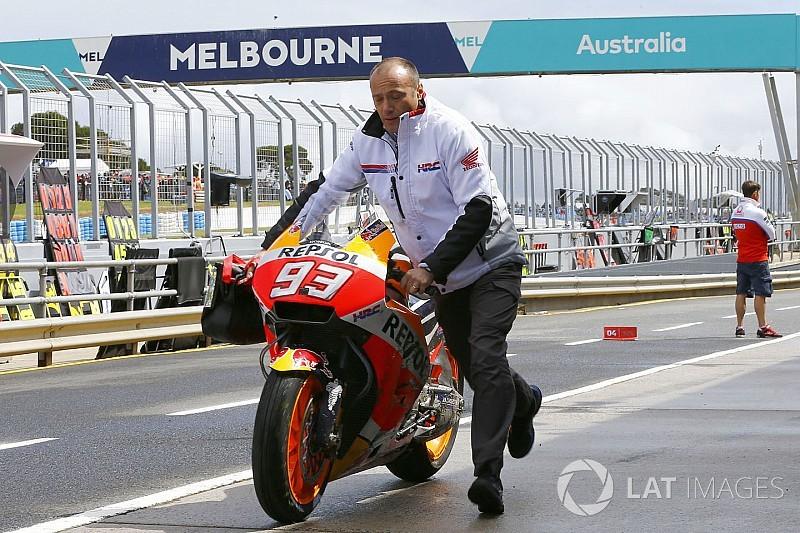 P1 en crash voor Marquez in natte derde training GP Australië